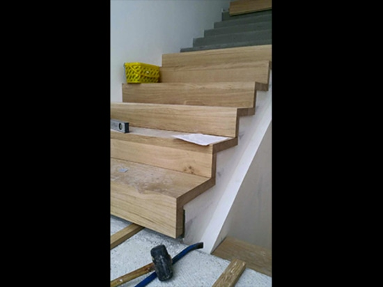 An Exclusive Oak Staircase Roi