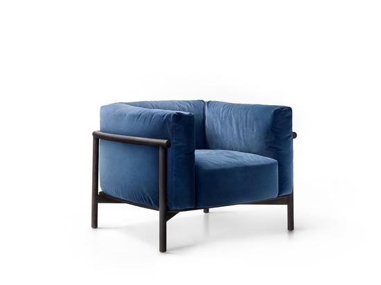 Taiki easy chair - design by Chiara Andreatti
