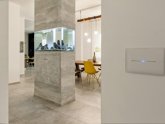 AVE home automation in a touch: hi-tech modernity for an elegant Italian villa