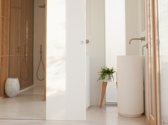The Stiriana wall mounted mixer by Mina for the master bathroom.