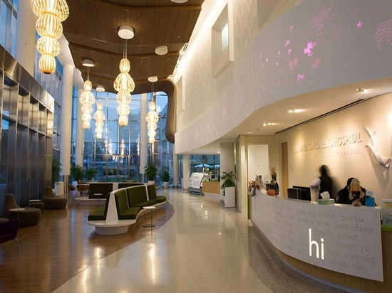 The Randall Children's Hospital in Portland, Oregon, features several Totem pendant lights designed by Burkhard Dämmer and Mariví Calvo for LZF Lamps. Photo © Luziferlamps S.L.