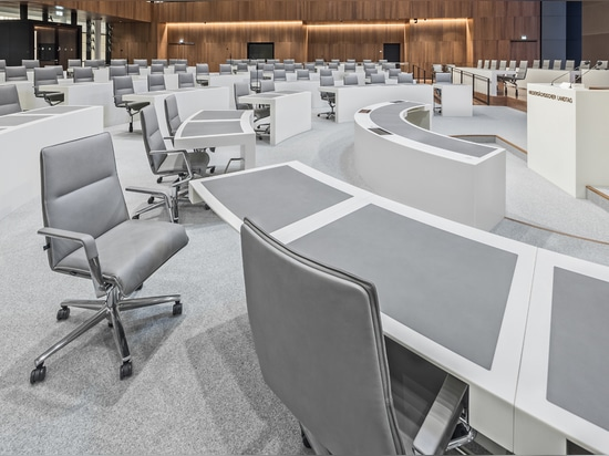 Plenary chamber with Sola conferencing chairs by Wilkhahn