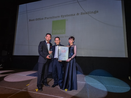 (L-R) Mr Alvin Chang, CEO of ACG Media Sdn Bhd; Mr Yong Yook Seng, Managing Director and Chief Designer of Bristol Group of Companies and Ms Juliette Hong, COO of ACG Media Sdn Bhd.