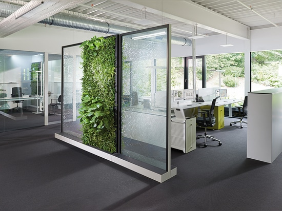 Climate Office – Rooms with water and green walls lead to healthier workers