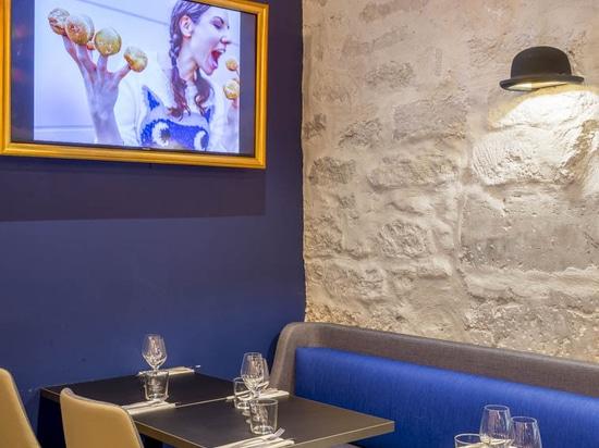 Arty Restaurant in Paris