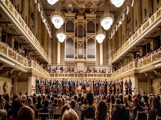 Berlin's Konzerthaus. Image via Cole Jarman
