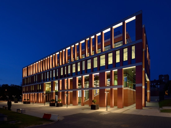 NANOTECHNOLOGY CENTER OF TECHNOLOGY OF GDANSK UNIVERSITY , GDAŃSK, POLSKA
