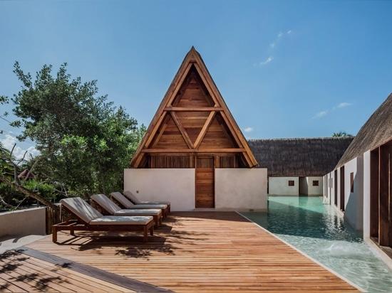 Estudio Macías Peredo stylises Mayan architecture for Punta Caliza boutique hotel