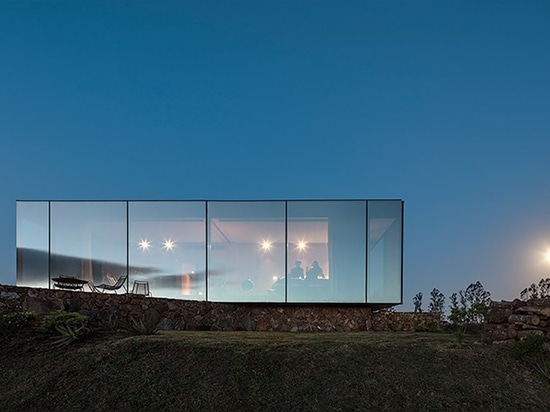 MAPA scatters personal hotel cabins across the sacromonte vineyards of uruguay