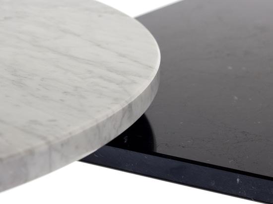 Arrmet tables: carrara White and black Mrquina tops