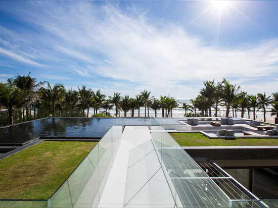 located at da nang, the beach and coast is a stone's throw away from the villas