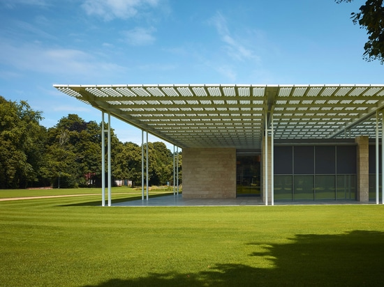 The museum with its travertine rainscreen from outside