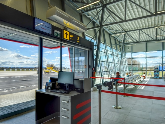 The Airport terminal equipped with 2VV Standesse, Finesse and Indesse air curtains