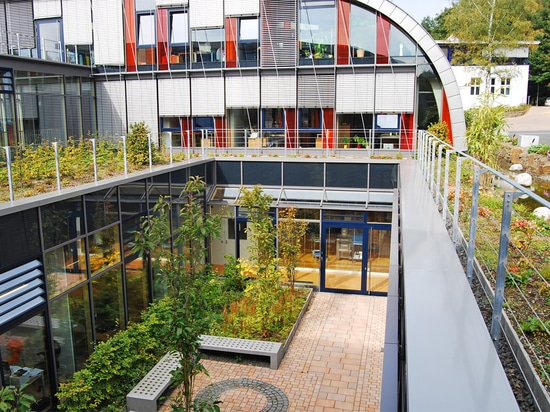 Roof garden with ZinCo green roof systems