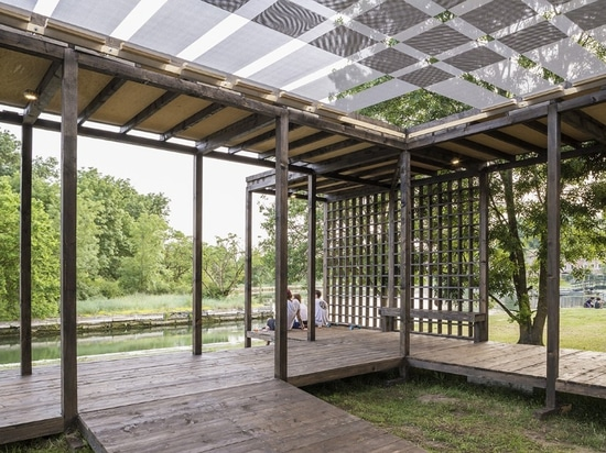 A pavilion for dancing on the Venice lagoon