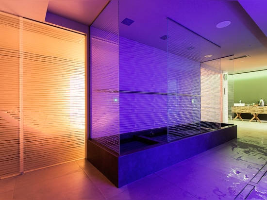 Customized glass doors explore different decoration techiniques designed by Henry glass