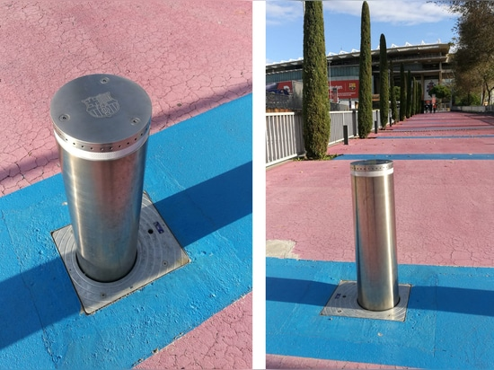 Semi-automatic security bollards