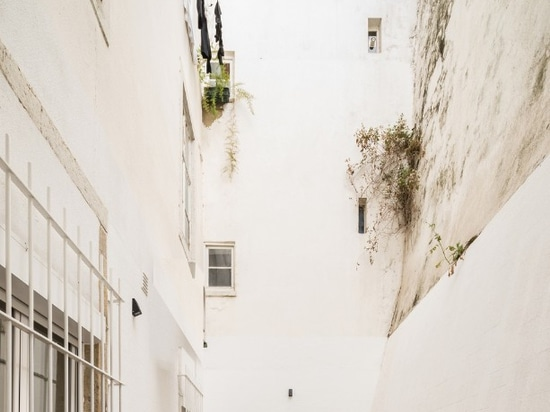 An apartment in Lisbon between past and present