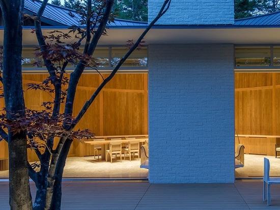 shishi-iwa house: a boutique hotel by shigeru ban opens its doors in karuizawa