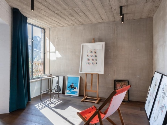 Chris Dyson transforms neglected east London workshop into modern loft apartments