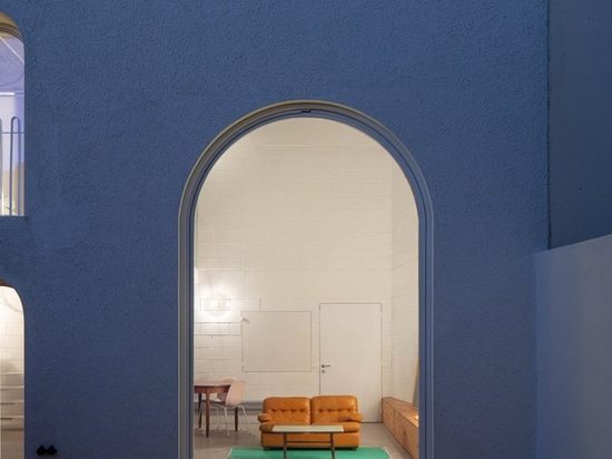 minimal 'dodged house' in lisbon pays tribute to irving gill's architecture