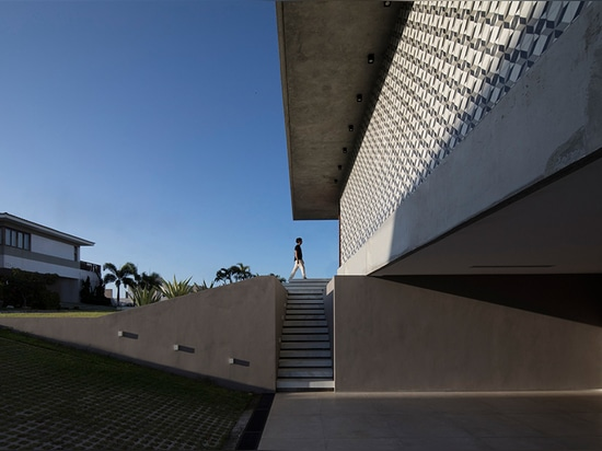 IF House by Martin Lucena Reminds You of the Beach
