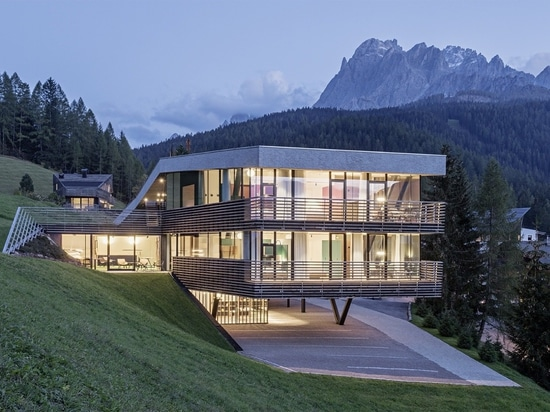 This Green-Roofed Hotel in the Italian Alps Seems to Rise From the Earth