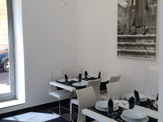 MOOD Ristorante Pizzeria Wine Bar