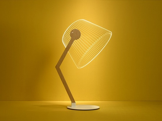 'ziggi' version bends the supporting structure to recreate the classic desktop lamp