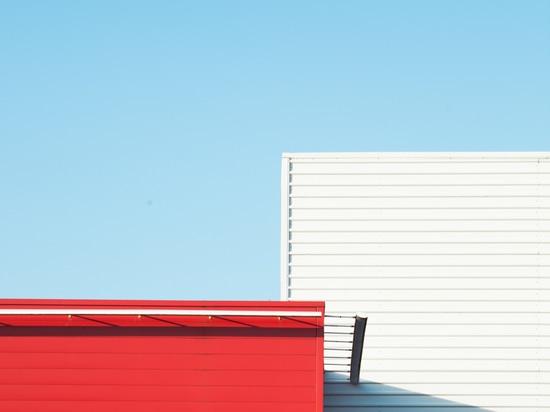 PHOTOGRAPHER MATTHIEU VENOT CAPTURES THE ESSENCE OF SUMMER