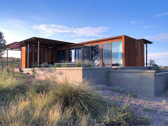 Marfa weeHouse by Alchemy Architects, Fort Stockton, Texas, United States