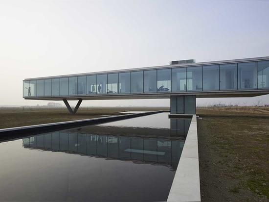 PAUL DE RUITER ARCHITECT'S VILLA KUGELHOF