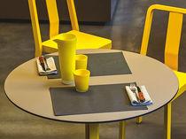 コンテンポラリー食卓テーブル / トネリコ材 / HPL / 円形