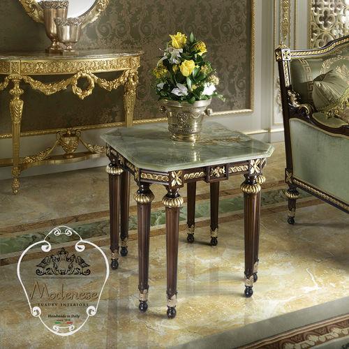 伝統的サイドテーブル / ソリッド ウッド製 / 無垢木材製 / 四角形