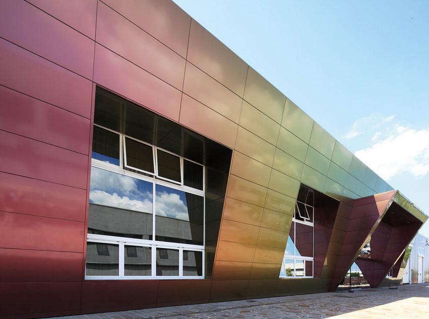 Extremamente Revestimento de fachada metálico / liso / em painéis - L'ELITE  WC14