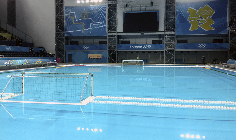 ... Piscina De Competição Em Concreto / Pública / Coberta / Para Ambiente  Externo LONDON 2012 XXX ...