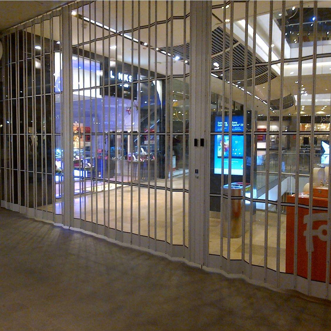 2710dd5ffcd73 Grade de proteção para frente de loja - VISIONGLIDE - Cornell