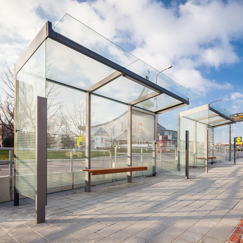 abrigo de ônibus em aço galvanizado   em madeira   em vidro temperado -  GEOMERE by design cité+ 342493ce400b