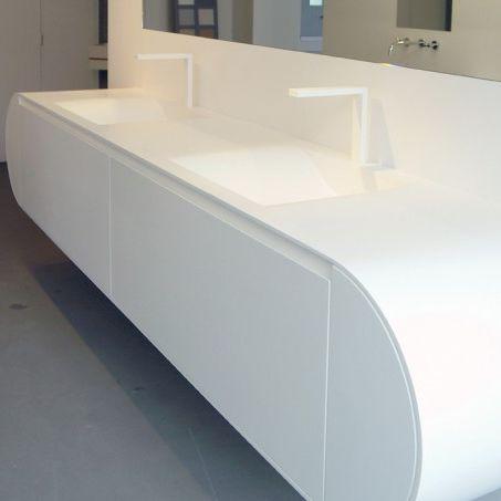 gabinete de banheiro duplo / suspenso / em compósito / contemporâneo