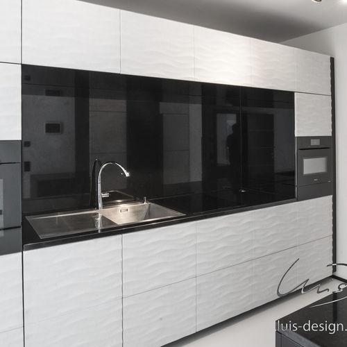 cozinha contemporânea / em madeira / em mármore / feita à mão