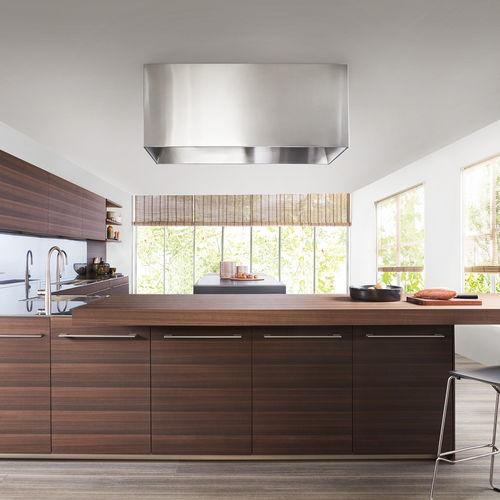cozinha contemporânea / em madeira / em inox / com ilha