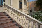 guarda-corpo em forma balaustrada / para ambiente externo / para escada / para varanda