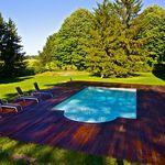 piscina enterrada / em acrílico / pré-fabricada / da linha comercial