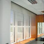 estore horizontal / em alumínio / motorizado / de proteção solar