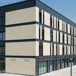 fechamento de fachada para fachada ventilada / em terracota / liso / em painéis