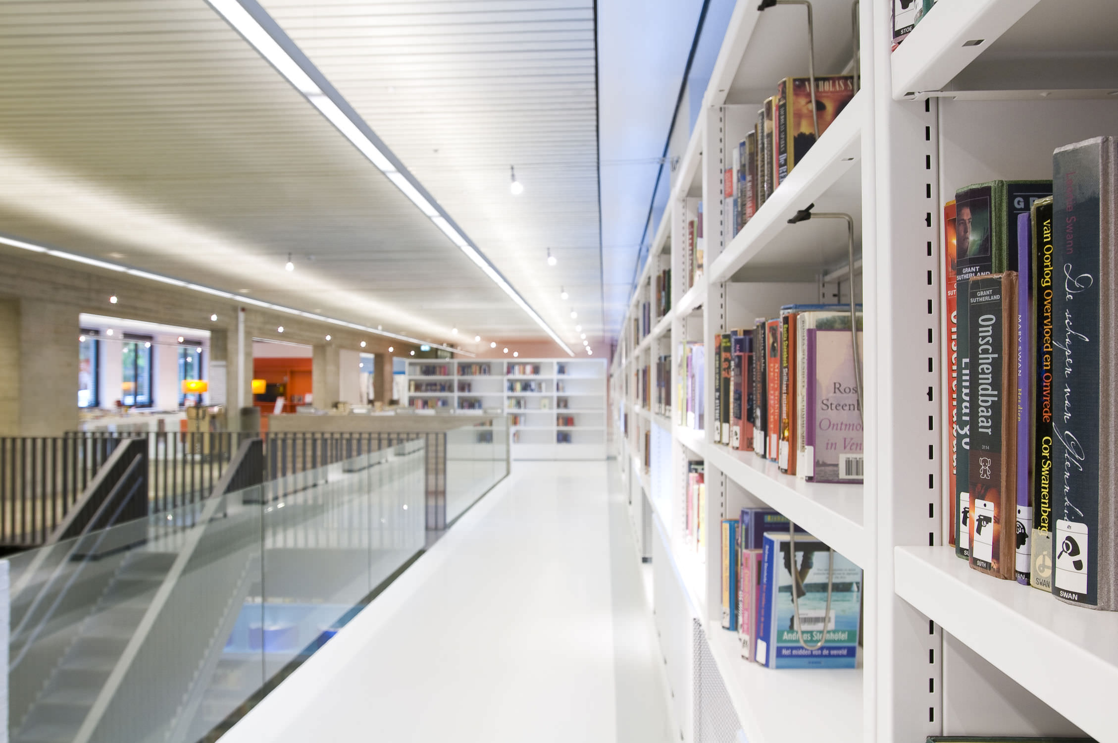 Bruynzeel Storage Systems.Library Shelving Archival Standard Metal Sysco