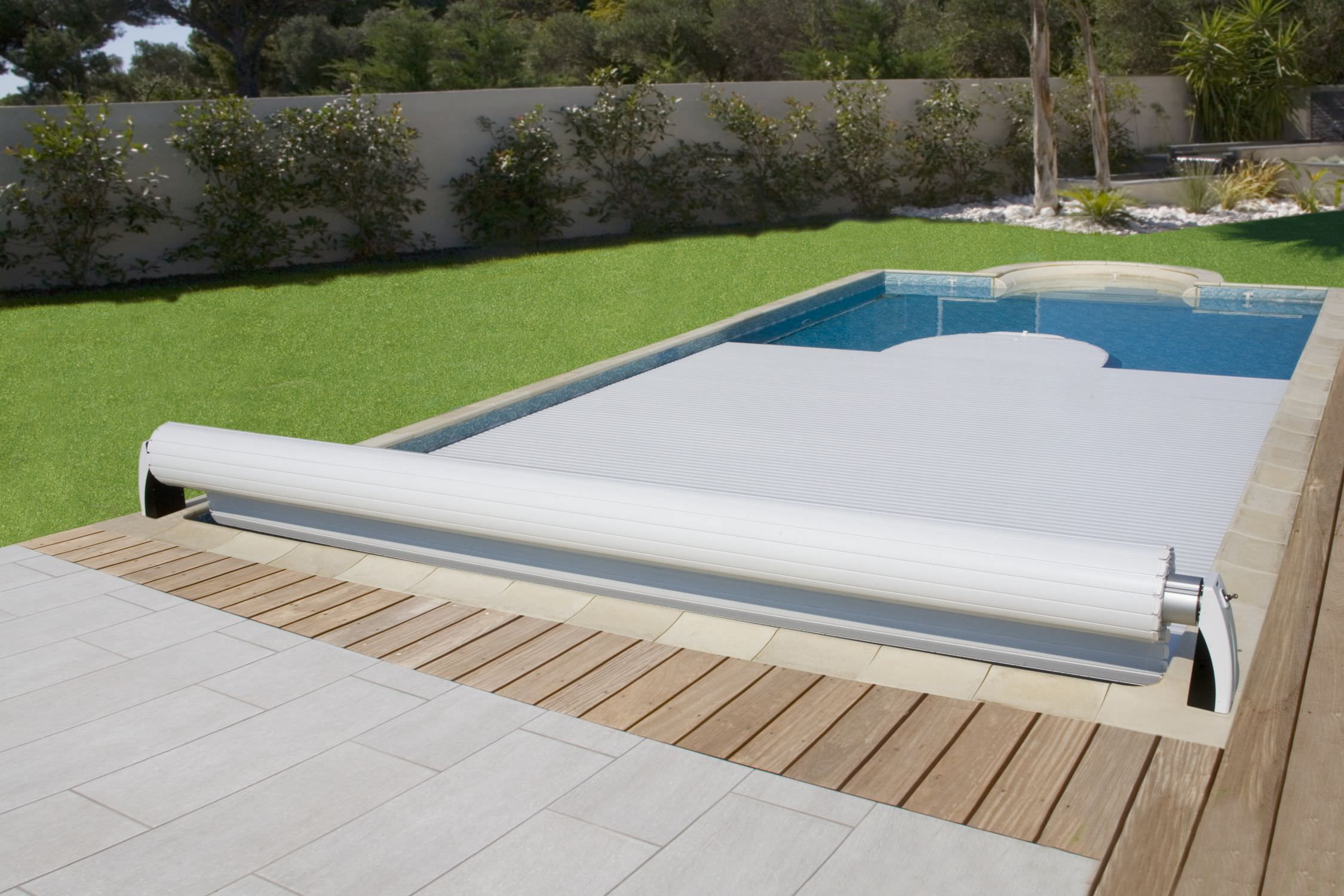 Automatic swimming pool cover / security / slatted / for above ...