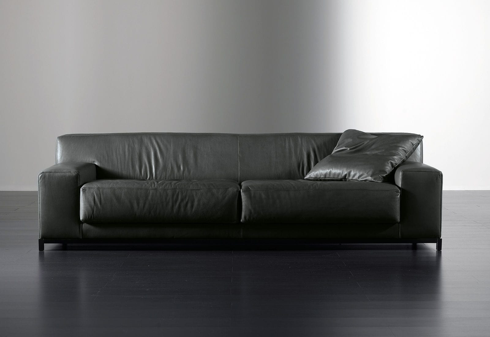 Contemporary Sofa Leather 2 Person Black Frieman