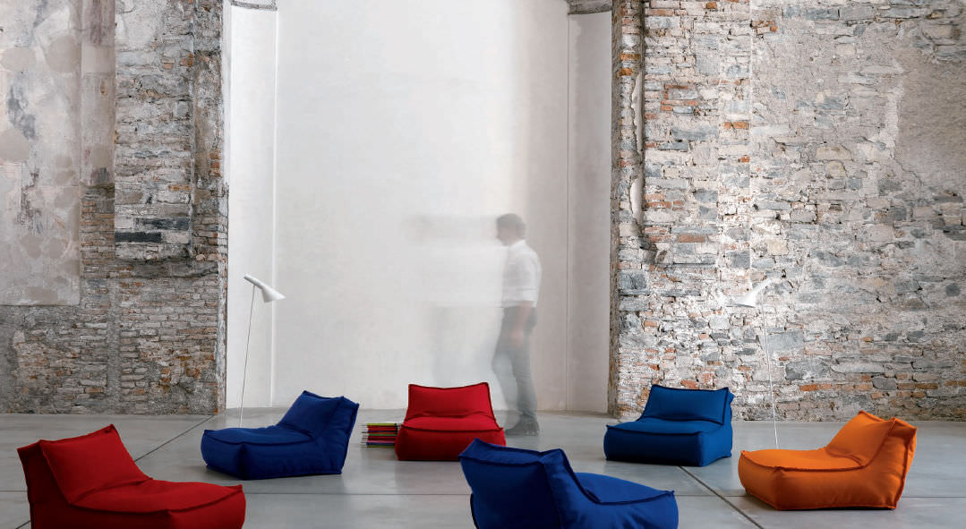Contemporary Fireside Chair Zoe Verzelloni Leather By Studio Lievore Altherr Molina