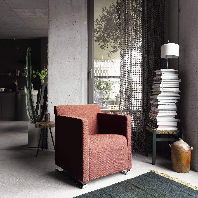 Minimalist Design Lounge Chair Textile Leather Swivel